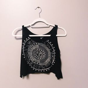WE LIVE BY THE SUN WE FEEL BY THE MOON TANK